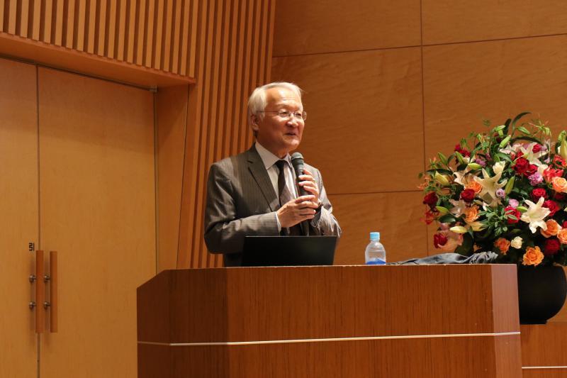 7月3日(水)、独立行政法人経済産業研究所 所長(京都大学特任教授)・矢野 誠先生による大講演会「新しい貨幣理論 ―和同開珎から仮想通貨まで」を開催しました(経済学会)